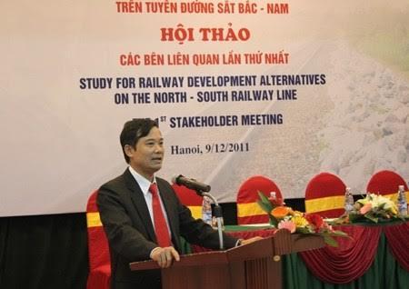 Nguyên Phó Tổng giám đốc Tổng công ty Đường sắt Việt Nam Trần Quốc Đông khi còn tại chức