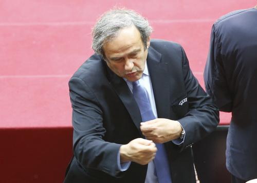 Platini sẽ phải giải trình tường tận vụ việc với UEFA