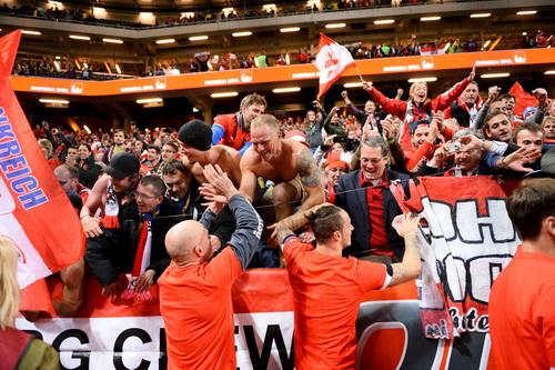 .. CĐV Áo hân hoan chờ ngày đến Euro 2016