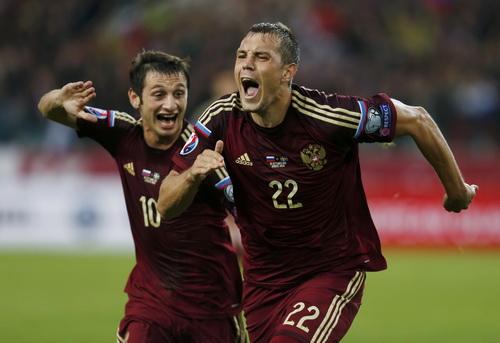Artem Dzyuba (22) ghi bàn duy nhất cho tuyển Nga trước Thụy Điển