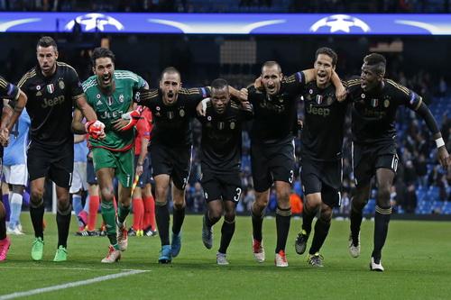 Ba ngôi sao xuất hiện trở lại trên áo đấu mới của Juventus do Adidas tài trợ