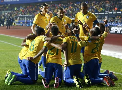 Brazil không phải là một tập thể gắn kết, thi đấu hoa mỹ dưới thời Carlos Dunga
