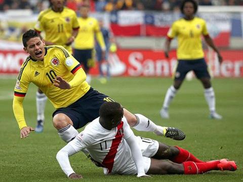 Pha va chạm với cầu thủ Peru khiến Rodriguez nghỉ thi đấu 4 tuần