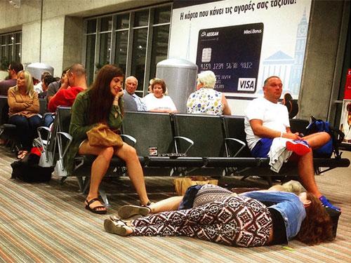 Một hình ảnh thú vị được chụp tại sân bay Larnaca của CH Cyprus được tài khoản Instagram vladimirnuts chia sẻ hôm 21-9.