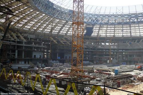 Sân Luzhniki đang được sửa chữa lớn, chuẩn bị cho việc đăng cai World Cup 2018