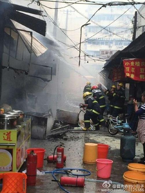 Hiện trường vụ nổ. Ảnh: Weibo