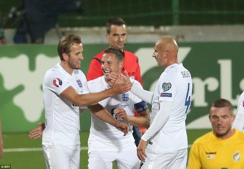 Niềm vui toàn thắng của Tam Sư ở vòng loại Euro 2016