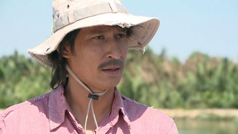Huy Khánh trong phim Sương khói đồng hoang