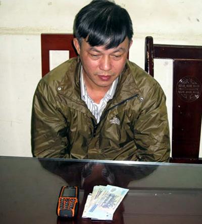 Chu Hữu Thắng, người đe doạ tống tiền CSGT tại cơ quan điều tra - Ảnh do công an cung cấp