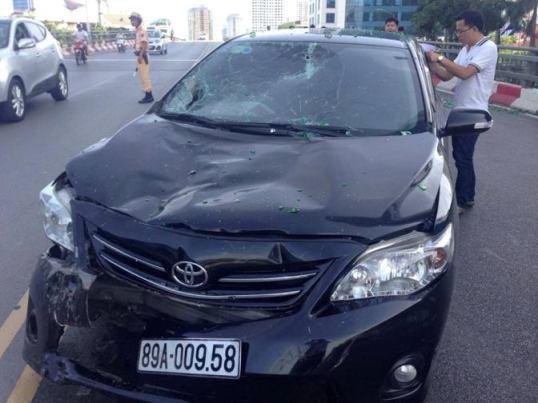 Chiếc xế hộp gây tai nạn