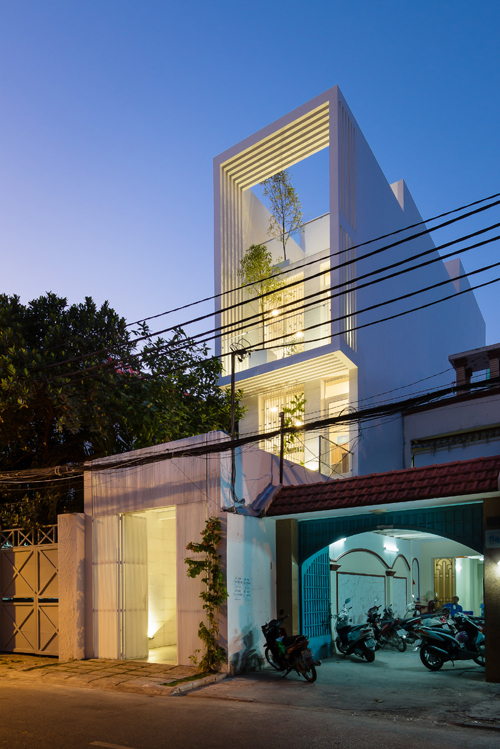Nhà ống ở Sài Gòn có bể bơi tiện nghi như khu nghỉ dưỡng