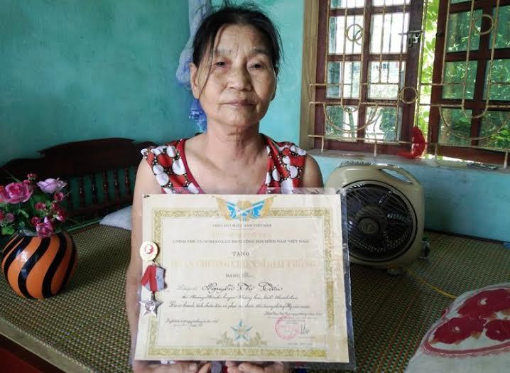 Giống y nguyên bản chính của bà Nguyễn Thị Tiến (SN 1950) đang lưu giữ