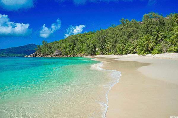 Bãi biển Anse Soleil. Ảnh: ISTOCK