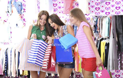 Đừng để nhu cầu khoe khoang dẫn dắt hành vi mua sắm. Ảnh The Entrance.