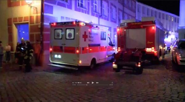 Xe cứu thương tại hiện trường vụ nổ. Ảnh: Reuters