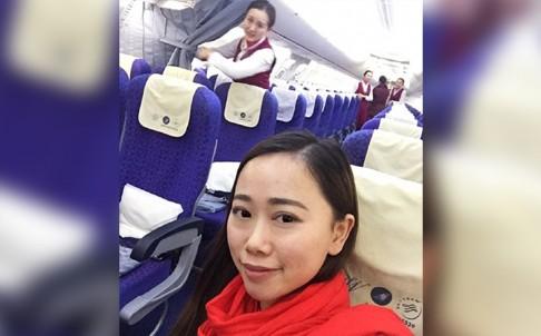 Zhang khoe hình chuyến bay thượng lưu của mình. Ảnh: SCMP