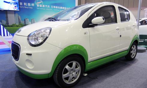Đại diện hãng xe Trung Quốc tham gia triển lãm SaiGon Autotech nhằm tìm kiếm nhà phân phối.