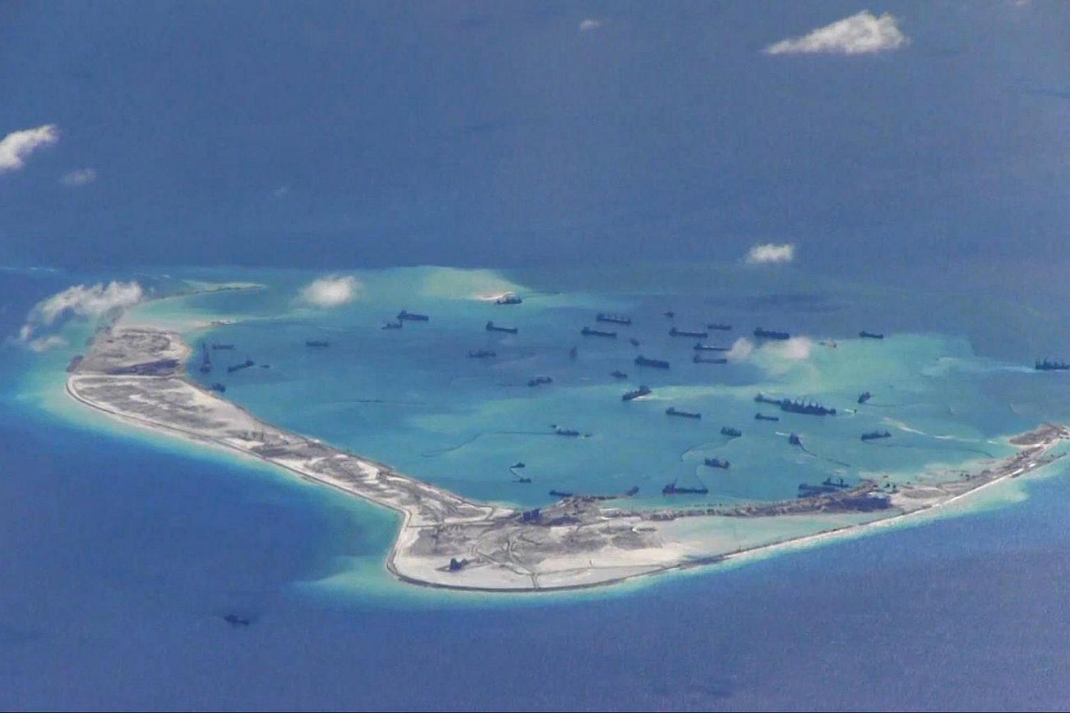 Trung Quốc xây dựng trái phép tại đá Vành Khăn thuộc quần đảo Trường Sa của Việt Nam. Ảnh: Reuters