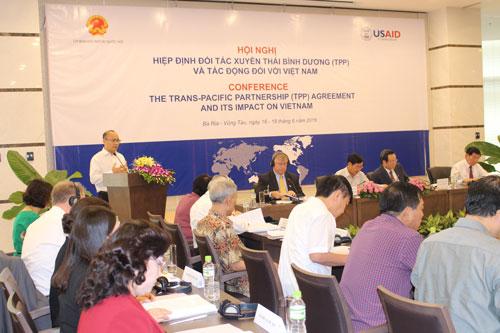 Đại biểu tập trung phân tích những tác động của Hiệp định TPP đối với Việt Nam