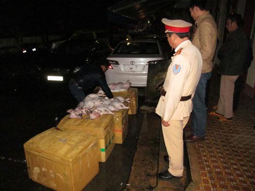 Gần 400 kg thịt chó bị thu giữ