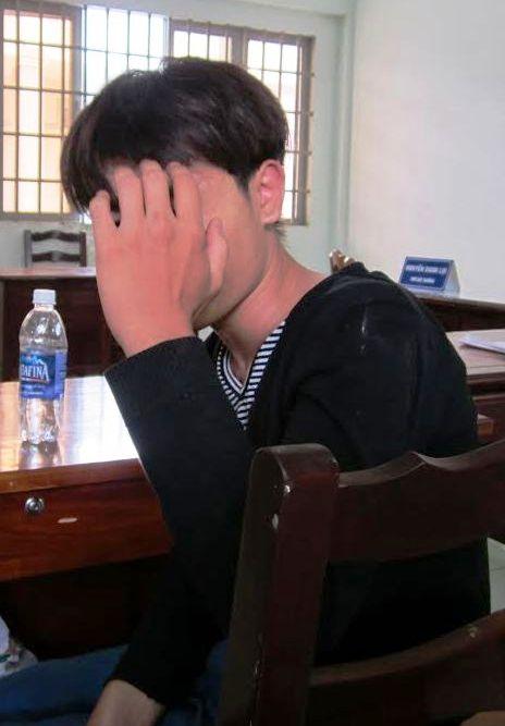 Thái Tống Thanh Hòa tại trụ sở công an