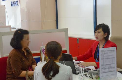Tư vấn cho vay tại Ngân hàng TMCP Bản Việt (VietCapital Bank)Ảnh: TẤN THẠNH