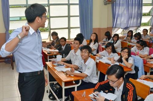 Có 3 nguyên nhân gây khàn tiếng ở thầy cô giáo Ảnh: TẤN THẠNH