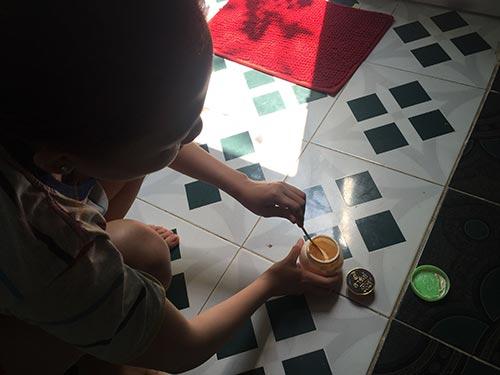 Nhiều phụ nữ nông thôn dùng kem trộn nhưng không hề biết tác hại khó lường của chúngẢnh: CA LINH