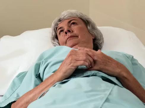 Bệnh nhân nhồi máu cơ tim nữ thường được chữa trị muộn hơn so với nam giới Ảnh: HEALTHDAY NEWS