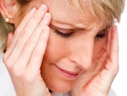 Nguy cơ bị cơn đau tim, đột quỵ và chết vì những bệnh này cao hơn ở phụ nữ bị đau nửa đầu Ảnh: HEALTHDAY NEWS