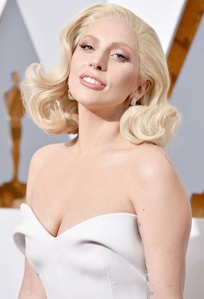 Lady Gaga và hơn 1.000 nghệ sĩ đã ký tên vào thỉnh nguyện thư kêu gọi xây dựng luật bản quyền nghiêm ngặt hơn đối với các trang nhạc trực tuyến Ảnh: REUTERS