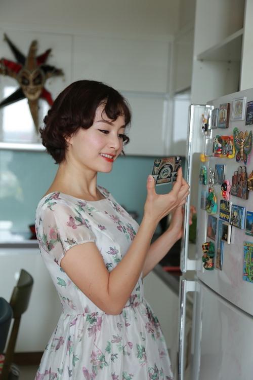Nữ diễn viên rất tự hào khi sống trong căn nhà do tiền của cô tự tay tích góp và mua được.