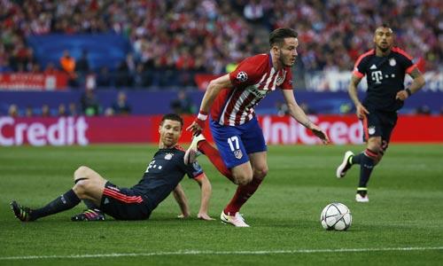 Saul (17) trong pha ghi bàn đem lại lợi thế cho Atletico Ảnh: REUTERS