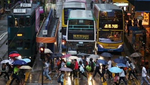 Nhiều người dân Hồng Kông không hài lòng về chất lượng cuộc sống tại đặc khu hành chính này Ảnh: SCMP