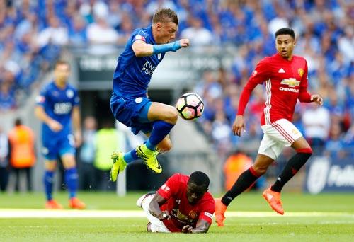Vardy vẫn là niềm hy vọng lớn nhất của Leicester Ảnh: REUTERS