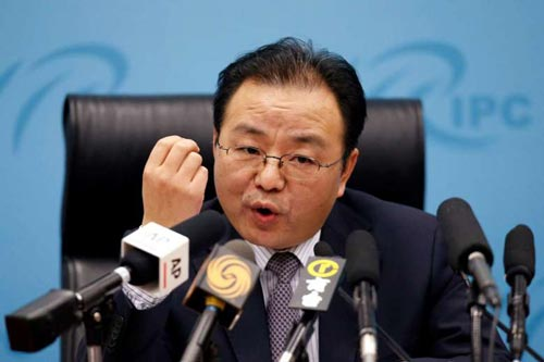 Ông Âu Dương Ngọc Tịnh phát biểu về quan điểm của Trung Quốc ở biển Đông hôm 6-5 tại Bắc Kinh Ảnh: REUTERS