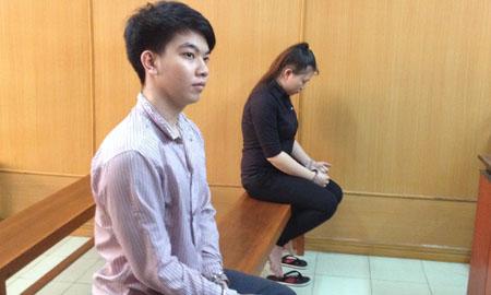 Bị cáo Hằng và người tình tại tòa.