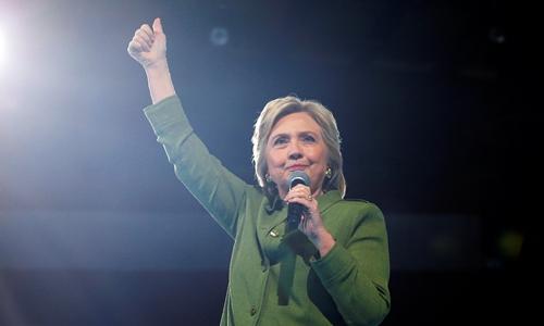 Bà Hillary Clinton trở thành ứng viên nữ tổng thống đầu tiên của Mỹ. Ảnh: Reuters