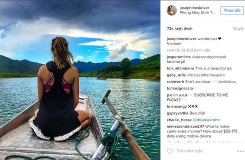 Josephine Skriver trên đường thăm động Phong Nha