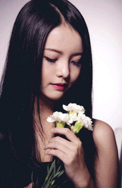 Ngắm cháu gái của cố đạo diễn Hồng Sến trên phim!