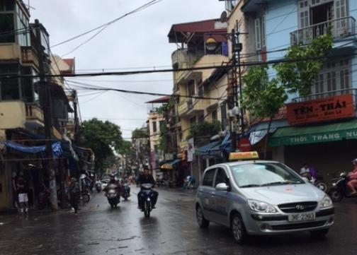 Những phố buôn bán Hàng Bồ, Hàng Buồm cũng có dáng vẻ khác hẳn sự tấp nập thường ngày