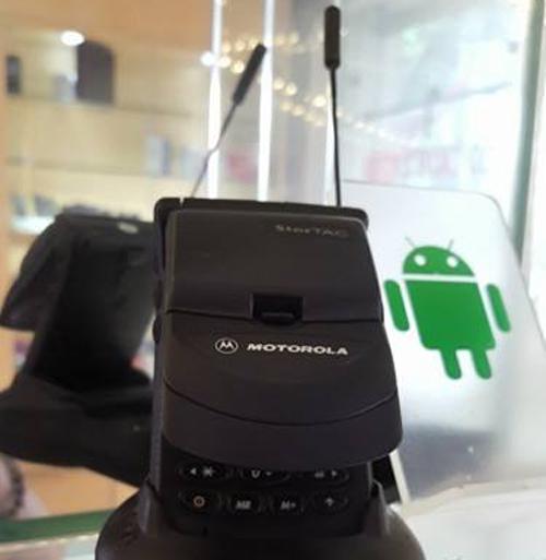 Chiếc StarTAC vẫn còn hoạt động tốt dù đã ra mắt cách đây 20 năm của Motorola.