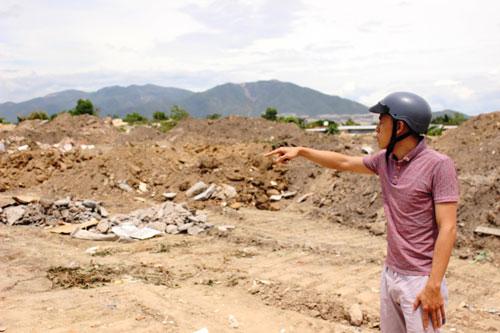 Khu đất của bà Đoàn Thị Toàn chưa được bồi thường đã bị san lấp gần 5 năm qua