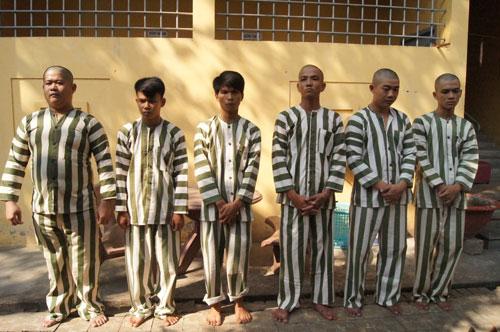 Các đối tượng chém người, ném bom xăng đòi nợ bị bắt giữ
