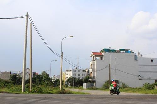 Sau 15 năm, khu dân cư Bắc Rạch Chiếc vẫn chưa hoàn thành ngầm hóa điện lực và viễn thông