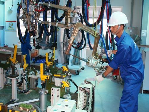 Vận động doanh nghiệp tạo điều kiện cho công nhân nâng cao tay nghề là trọng tâm hoạt động của Công đoàn SAMCO trong Tháng Công nhân
