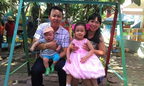 Gia đình hạnh phúc của chị Nguyễn Thị Phương Dung và anh Nguyễn Thành Trung