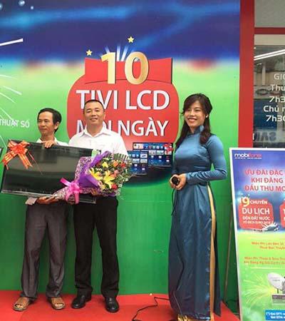 """MobiFone trao giải bạc chương trình """"Thể thao kết nối đam mê"""" tại Ninh Hòa"""