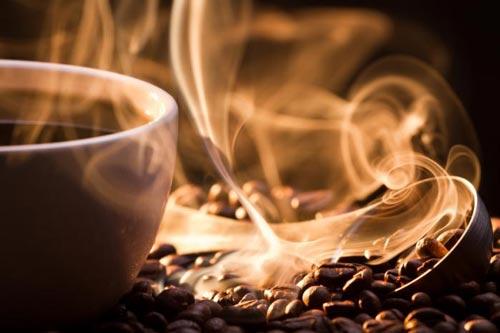 Dùng 2 tách cà phê mỗi ngày giúp kéo giảm nguy cơ xơ gan Ảnh: M.N.T