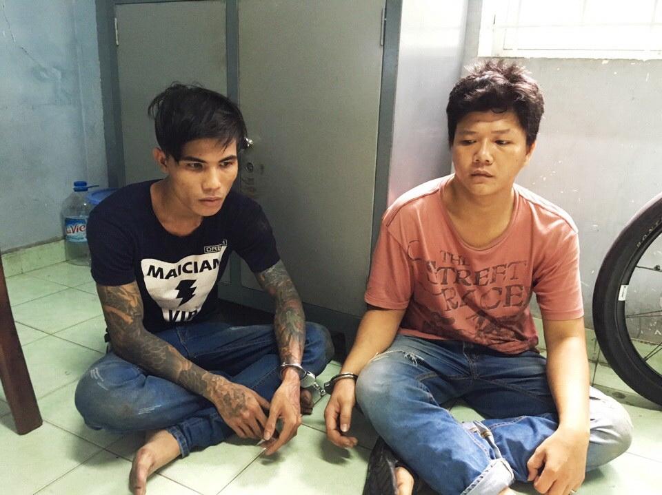 Nguyễn Văn Đông và Võ Đình Toàn tại cơ quan công an